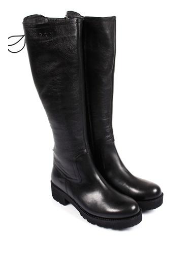 Çizme-G.Ö.N.